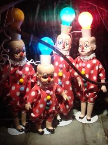 Spooky Shunt Clowns